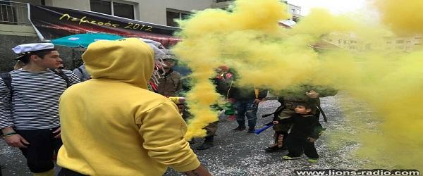 Καθηγητής λέοντας τα εξηγεί ωραία στο καρναβάλι
